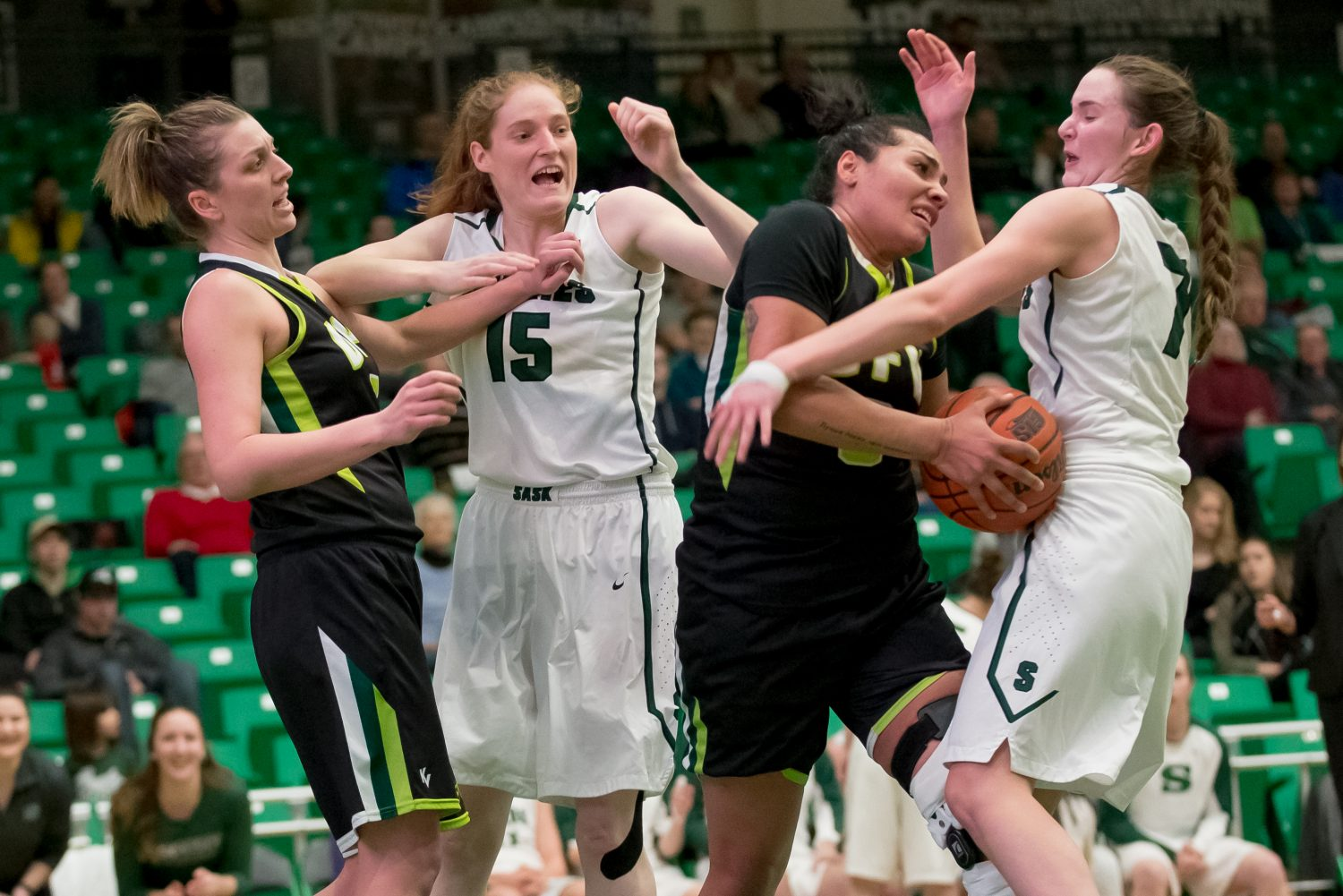 cascades women s hoopsters fall to huskies in hard fought game 3 ufv cascades. Black Bedroom Furniture Sets. Home Design Ideas