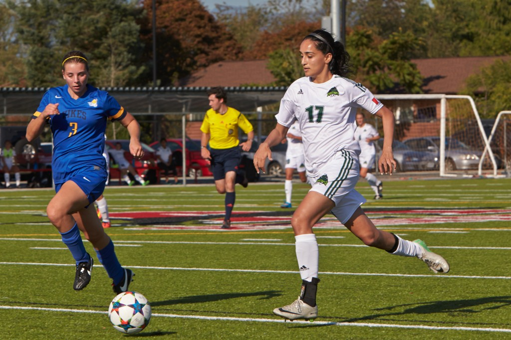 Gurneet Dhaliwal of the Cascades women's soccer team has been named the Canada West female second star of the week. (Tree Frog Imaging photo)