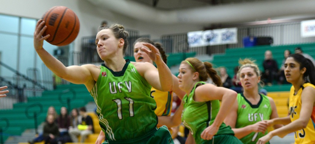 Sydney Williams (left) scored 14 points in Friday's win at UNBC. (Photo courtesy UNBC Communications)