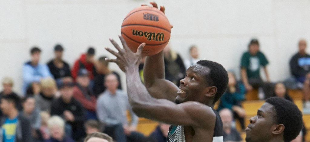 Kevon Parchment posted his sixth straight double-double, but the Cascades fell to the MacEwan Griffins on Saturday.