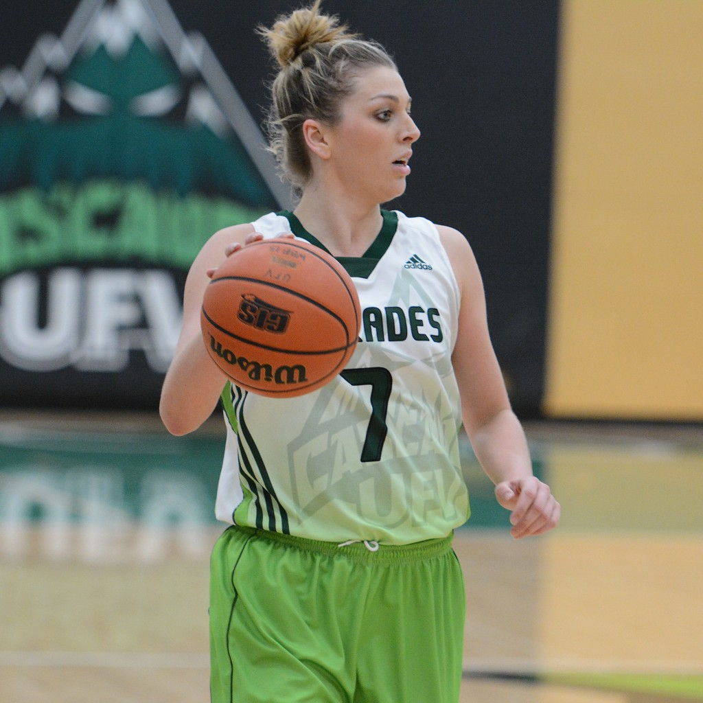 Kayli Sartori clinched the Canada West scoring title by a single point in the Cascades' 82-54 road win over MacEwan on Saturday.