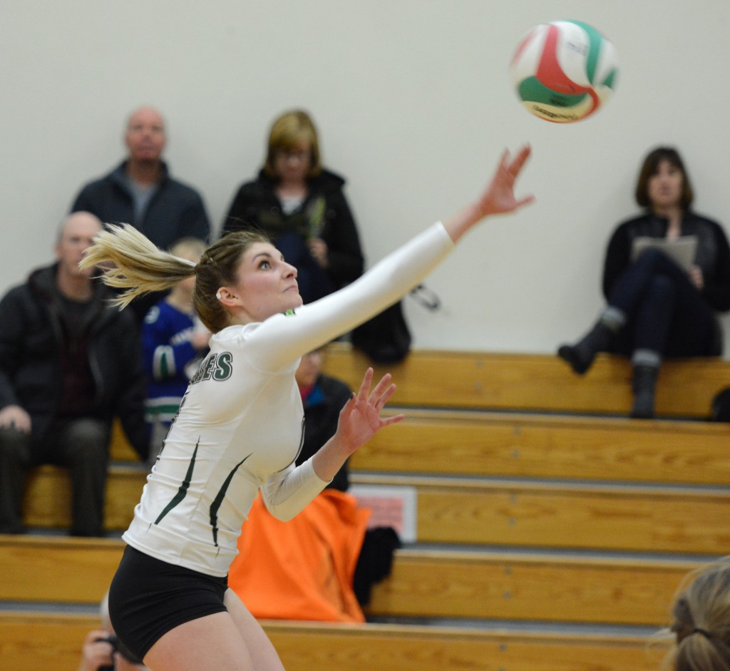 The Cascades fell to Capilano on Friday despite a 16-kill performance from Kelly Robertson.