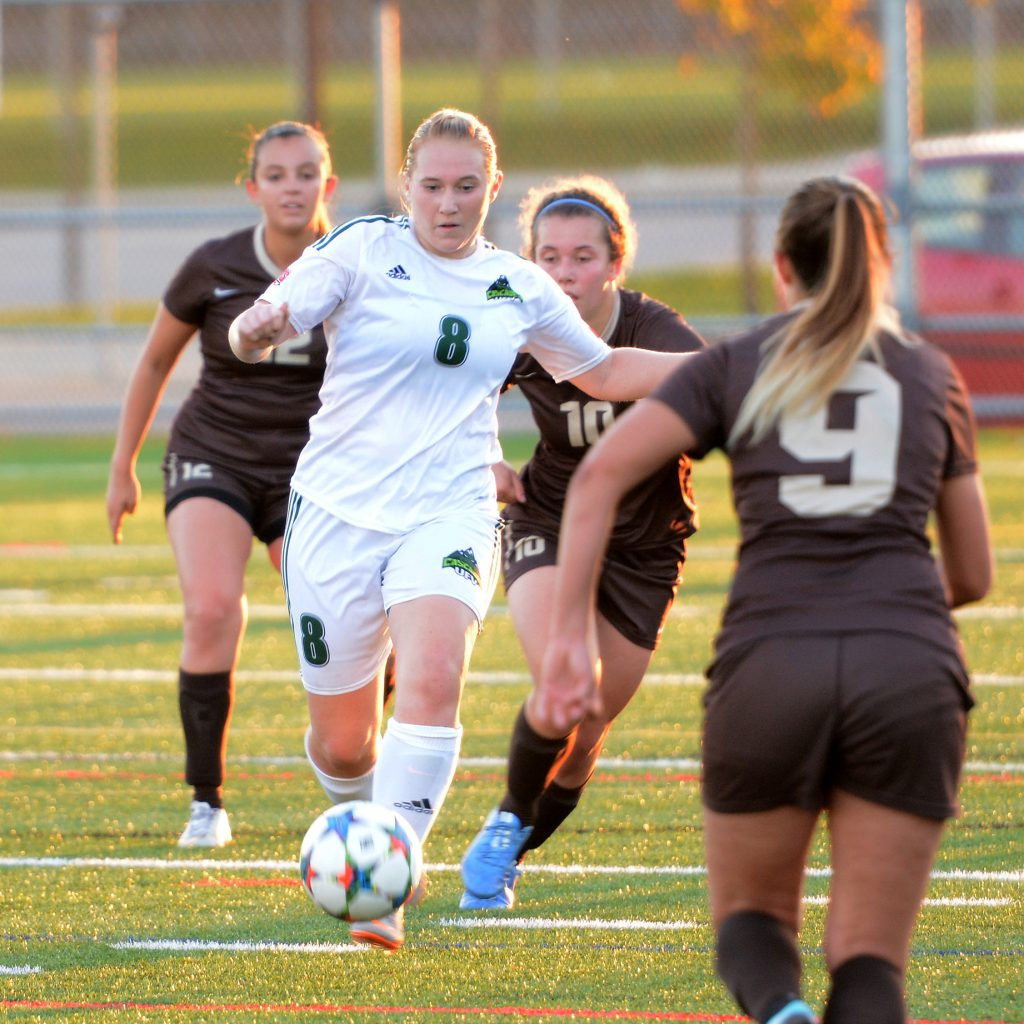 Shelby Beck of the Cascades women's soccer team will suit up for Team Canada at the World University Futsal Championship in Brazil.