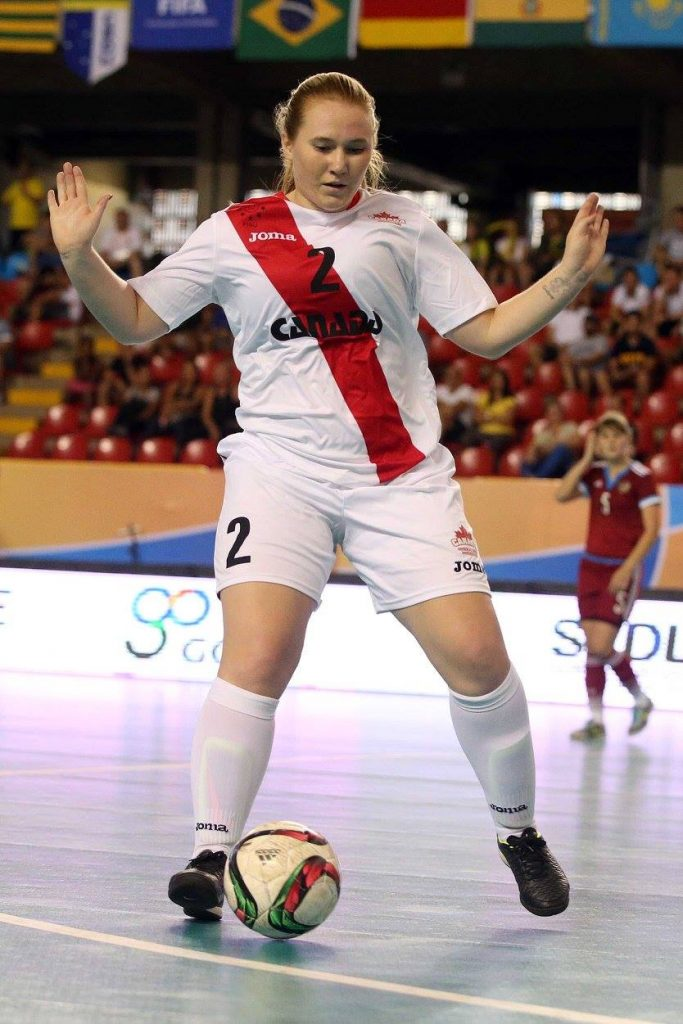 UFV's Shelby Beck chases down a loose ball during Saturday's semifinal vs. Russia. (FotoJump / wucfutsal2016.com)