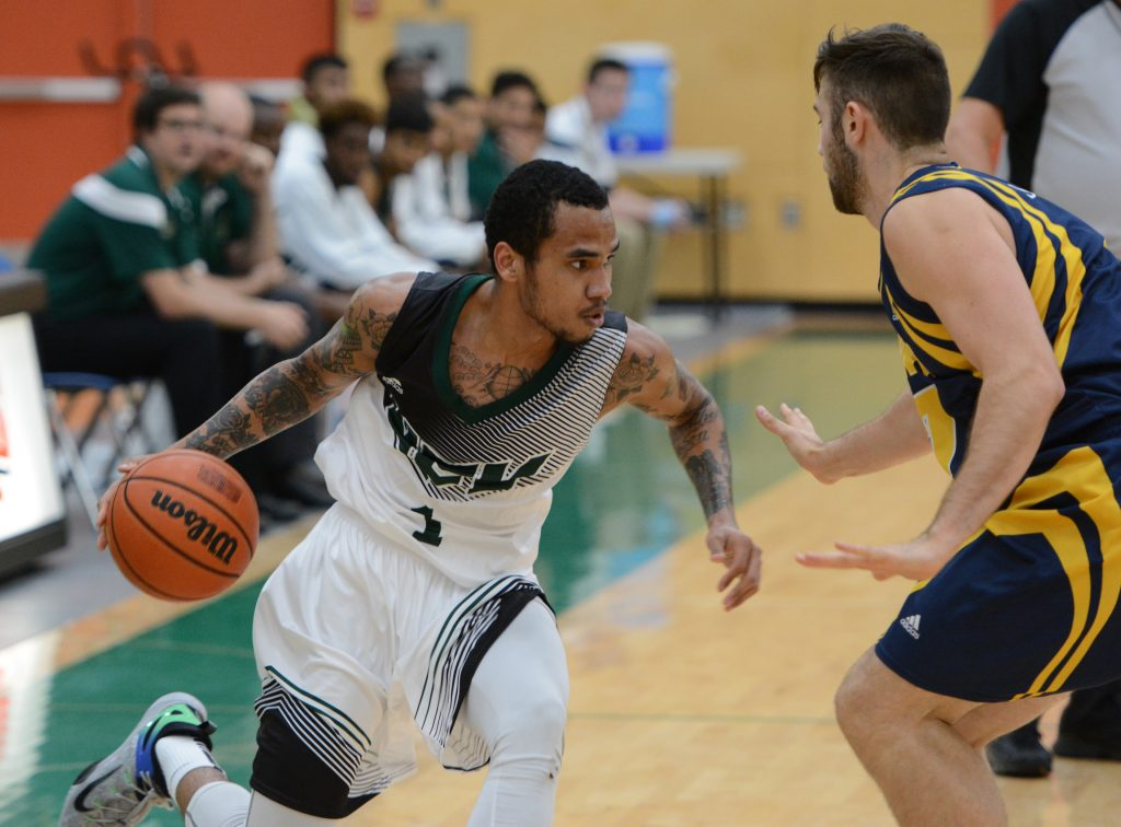 Mark Johnson (left) and the Cascades men's hoopsters open the preseason on Thursday.