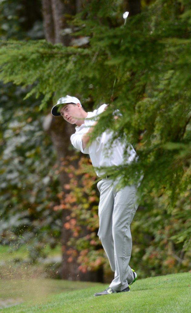 Zach Olson was the top Cascade on the men's side at the UFV Invitational, taking third place.
