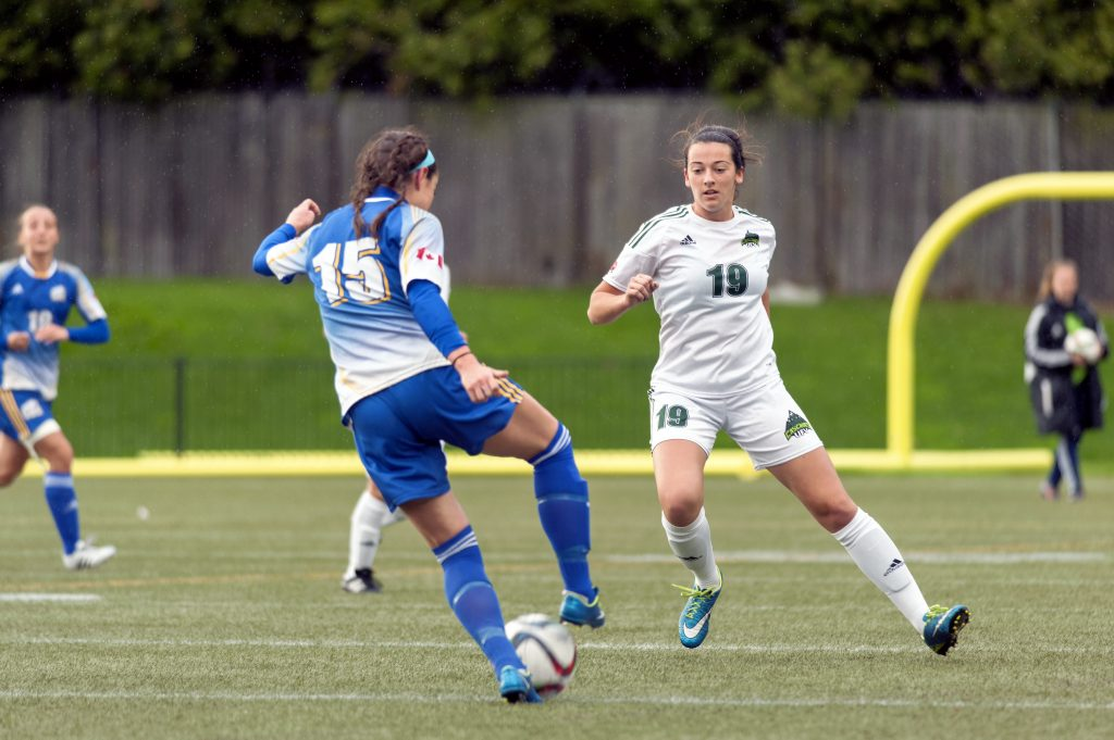 Brittney Zacharuk and the Cascades knocked off the UBC Thunderbirds on the road on Saturday.