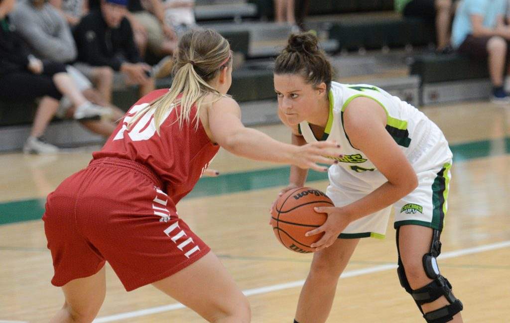 Rookie Amanda Thompson and her teammates will take on a top NAIA program on the road this weekend.