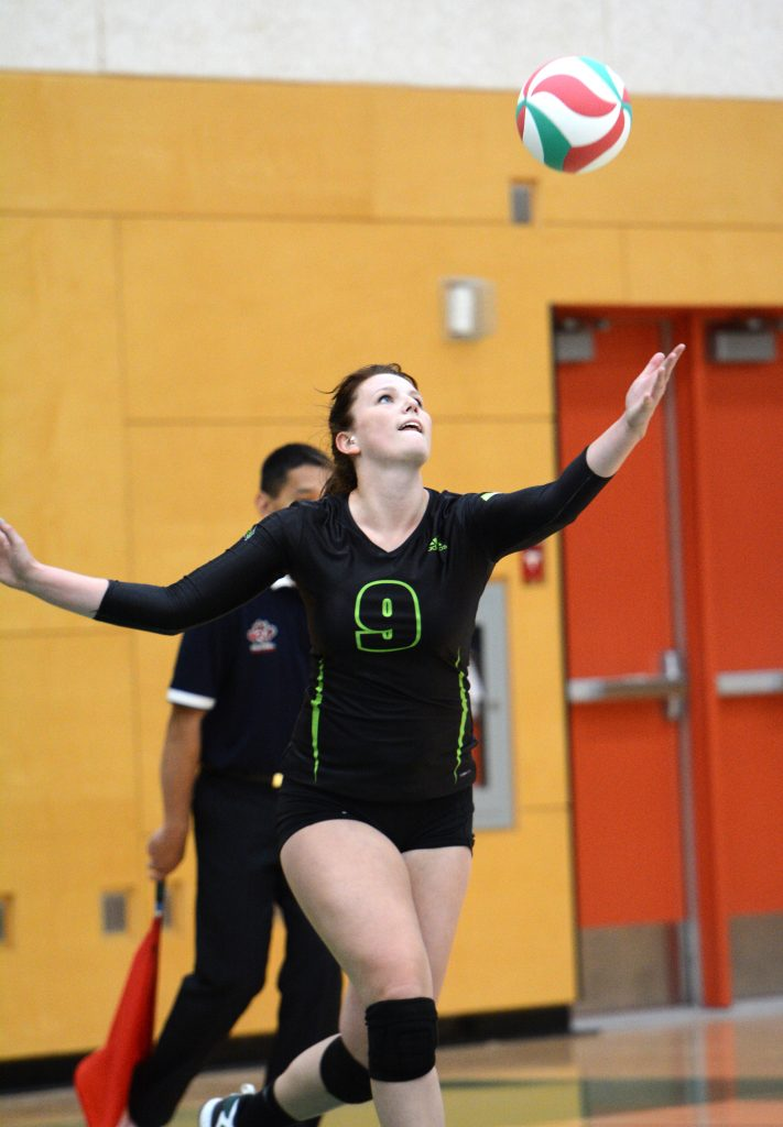 Mandelyn Erikson had an outstanding performance for the Cascades, notching 10 kills with a 79 per cent hitting efficiency.