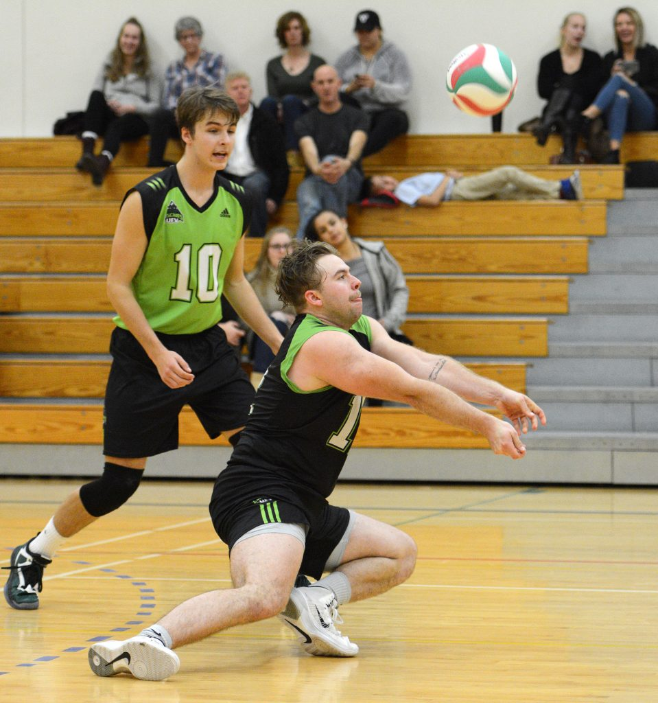 Libero Evan Bell-Foley stepped into the starting lineup on Friday and turned in a strong performance.