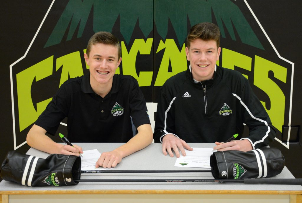 Ben Whiton and Kyle Claggett are the first two Class of 2017 signees for the Cascades men's golf team.