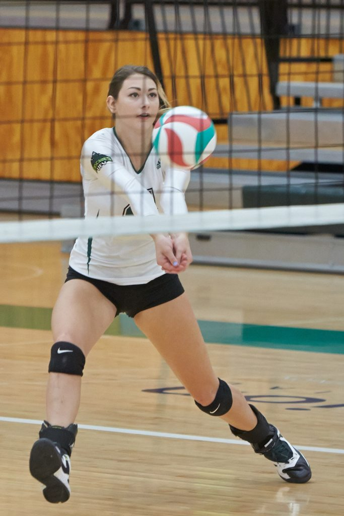 Cascades volleyball women complete weekend sweep of rival ...
